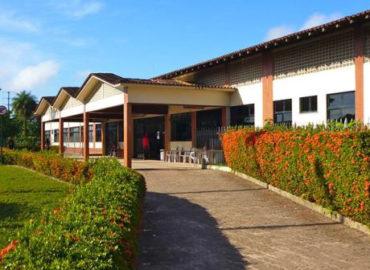 Jader garante apoio à Hospital Divina Providência