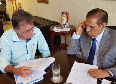 Senador Jader recebe prefeitos e reforça pedidos para derrocamento do Pedral do Lourenço