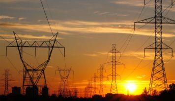 Jader solicita estudos à Consultoria Legislativa do Senado Federal para diminuir o valor da tarifa de energia elétrica cobrada no Estado do Pará.