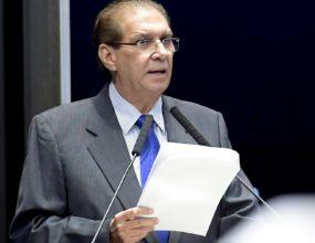 Jader quer informações sobre corte de R$ 1,6 bi em verba da educação